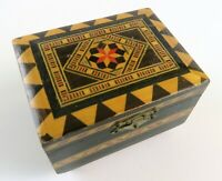 Vintage Wood Inlay Patterned Music Box