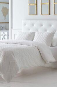 Trina Turk Bedding For Sale In Stock Ebay