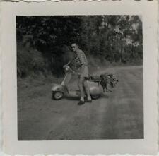 PHOTO ANCIENNE - VINTAGE SNAPSHOT - VESPA SCOOTER TRANSPORT VOYAGE -MOTORCYCLE 2