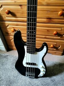Squier by Fender Precision 5 String Bass