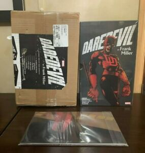DAREDEVIL BY FRANK MILLER SLIPCASE SOFTCOVER BOXSET ~ COLLECTS 8 GRAPHIC NOVELS