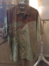Tommy Bahama Size Large Button Up Shirt Short Sleeve Vacation Wear