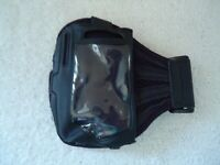 """Iphone 4 ? Arm Band Accessory """" GREAT ITEM FOR WALKING OR RUNNING """""""