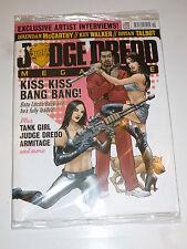 JUDGE DREDD MEGAZINE Comic - No 290 - UK Paper Comic with free gift (Unopened)
