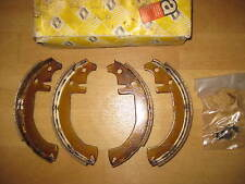 NEW FRONT BRAKE SHOES - FITS: RENAULT 4 & VAN (1966-86)