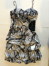 Dress Taboo Juniors Formal/Prom Black/White Size 3/4 Used Condition Polyester