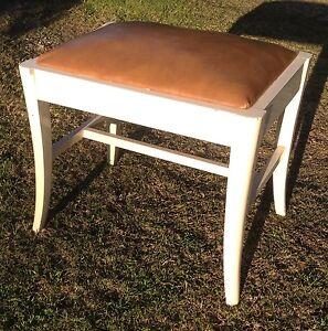 VINTAGE STOOL DRESSING TABLE STOOL BOUDOIR STOOL