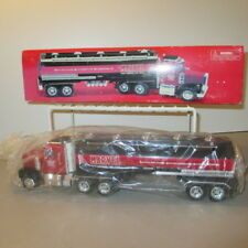 """ Marvel Mystery Oil "" Tractor Tanker Truck Bank,Taylor-Made NIB 1:32"