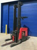 2013 Raymond 750 DR32TT. 3200 lb Capacity Electric Reach  DEEP FORKLIFT.