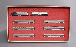 Con-Cor 0001-004304 N Scale Deleware & Hudson Diesel Locomotive & Passenger Car