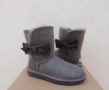 UGG GREY DAELYNN BAILEY LEATHER BOW SUEDE/ SHEEPSKIN BOOTS, US 9/ EUR 40 ~NEW