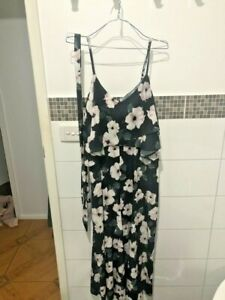PILGRIM MELBOURNE FLORAL BLACK AND PINK JUMPSUIT SIZE 14 HAS BEEN WORN ONCE