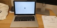 Apple MacBook Silver 13-inch 2.4Ghz Core 2 Duo 16GB DDR3 250GB SSD (2010)