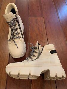 giuseppe zanotti ivory leather boots size 40
