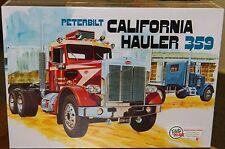 "AMT Peterbilt 359 ""California Hauler"" Conventional Cab model kit 1/25"