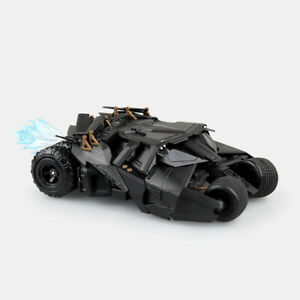 SCI-FI Revoltech No.043 The Dark Knight Batman Batmobile Tumbler Action Figure