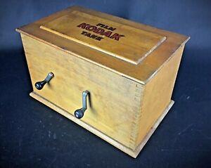 Ancienne rare boîte développeuse à  films début XXème Film Kodak Tank Model B2