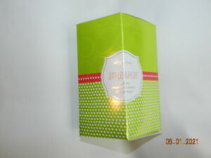 MARY KAY APPLE & PEAR GIFT SET BODY LOTION & LIP BALM NEW IN GIFT BOX