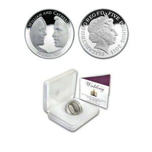 2011 Royal Wedding Commemorative Silver Proof  £5 Coin - William and Kate