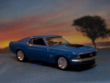 1970 70 FORD MUSTANG BOSS 429 REPLICA MODEL 1/64 SCALE COLLECTIBLE - DIORAMA
