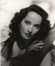 Merle Oberon UNSIGNED photograph - M2589 - Dark Waters - NEW IMAGE!!!!