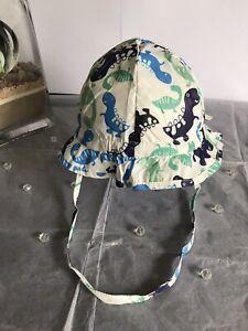 BN Licus Meek Era Baby White/Dinosaur Print Sun Hat Flap/Chin Strap 3-6mths