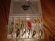 "Box Lot of 12 Crab Colored Crank bait Fishing Lures"" gc box inclu."""