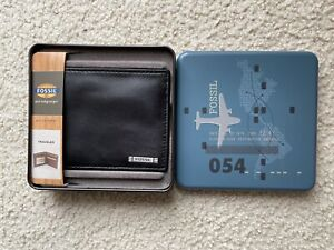 NEW FOSSIL MENS BLACK LEATHER WALLET