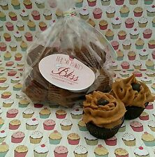 Chocolate Fudge Mini Cupcakes Melts Soy wax. Dessert candles that looks REAL