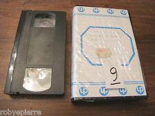 Videocassetta vhs video cassetta vintage e120 e 120 agfa GX 209872 una vedova