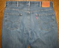 LEVI'S 550 MEN'S JEANS 38 x 30 (tag says 40 x 30) RELAXED FIT ZIP FLY