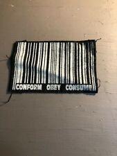 [9043 - PA1] Patch tissus pour t-shirt - coton - Punk- Conform Obey consume