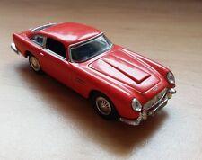 1/72 Aston Martin DB5 Red 1:72 Cararama Hongwell