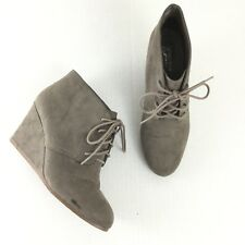 Arizona Jeans Womens Shoes Lace Up Taupe Wedge Size 8 Booties Ankle Suede