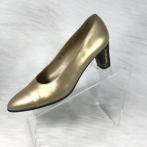 Salvatore Ferragamo Women's Pumps Gold Leather size 8.5 AA