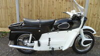 1961 ARIEL LEADER 250cc CLASSIC MOTORCYCLE
