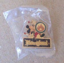 Disney Pin 1279 NEW DLR RARE 1985 Disneyland 30th Birthday Mickey Mouse Pin NIP