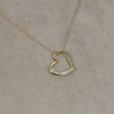 Value Brilliant Heart Pendant with Chain (0,10 Carat) in 750er 18 K Yellow Gold