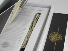 Parker Duofold Pearl and Black Centennial Fountain Pen (DUOFOLD Tassie) M MINT