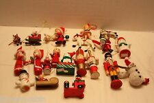Lot of 19 Vintage Wooden Christmas Tree Ornaments Wood Pipe Cleaner Snowman