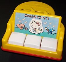Vintage 1984 HELLO KITTY Child Guidance Baby Grand Piano Toy - CBS Toys - RARE!