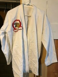 Century Karate Judo Gi with Shorin-Ryu patch Size 5 (adult size L) martial arts