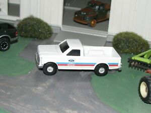 1970'S FORD DEALER TRUCK (FORD) , TINTED WINDOW ERTL DIECAST, 1/64