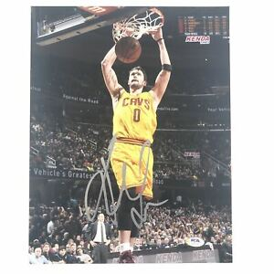 Kevin Love signed 11x14 photo PSA/DNA Cleveland Cavaliers Autographed