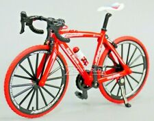 RC 1/10 Scale ROAD BIKE W/ Moving Parts Scale Detail RED