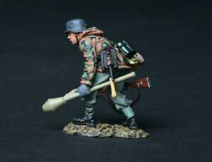 THOMAS GUNN WW2 Gunn Club GC007B THE HUNTER GERMAN SS SOLDIER 1945 Version MIB