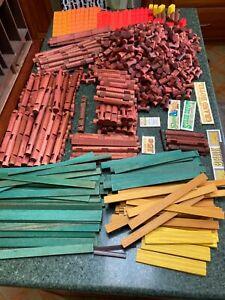 832 Piece Lot Lincoln Logs Pieces Roof Slat Pieces