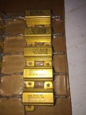 Dale 5 Pack 20 Watt 301 Ohm 1 Tolorence Resistors