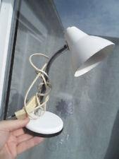 Lampe chevet bureau blanche design Atelier pour deco loft 70's lamp desk