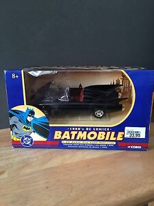 BATMOBILE CORGI DC COMICS DIE CAST CAR RARE  2000 EDITION OF 1960s BATMAN TOY